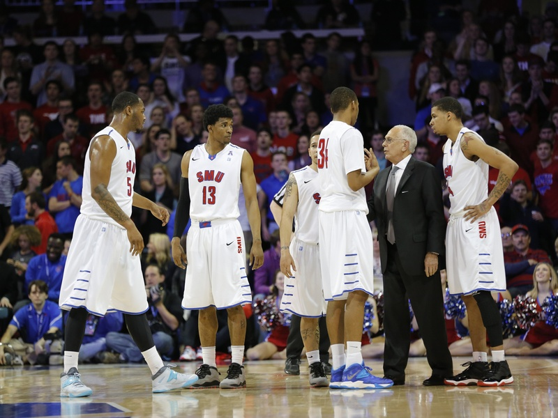 Larry Brown (second from right), head coach of the SMU Mustangs. (RattleandHumSports.com photo)