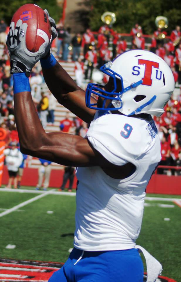 Tennessee State wide receiver Chris Sanders-McCollum catches the football during the Tigers' game with Southeast Missouri at Houck Field in Cape Girardeau, MO., on Oct. 4, 2014. (RoadTripSports photo by Chuck Cox)