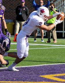 Linfield safety Mikey Arkans. (RoadTripSports photo by Matthew Postins)