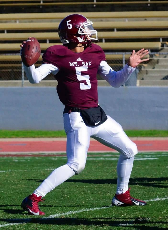 Mount SAC quarterback Justin Alo. (RoadTripSports photo by Kendall Webb)