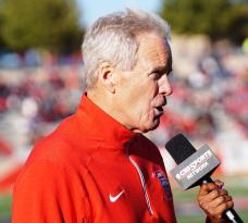 New Mexico head coach Bob Davie. (RoadTripSports photo by Chuck Cox)