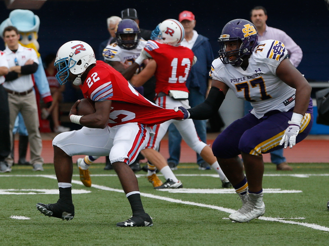 Players from St. Augustine and Archbishop Rummel compete during their game on Nov. 7, 2015, in Metarie, LA. (RoadTripSports photo by Kendall Webb)