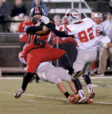 Players from St. Stephens and Pisgah high schools compete during their game in Canton, NC, on Nov. 13. (RoadTripSports photo by Kendall Webb)