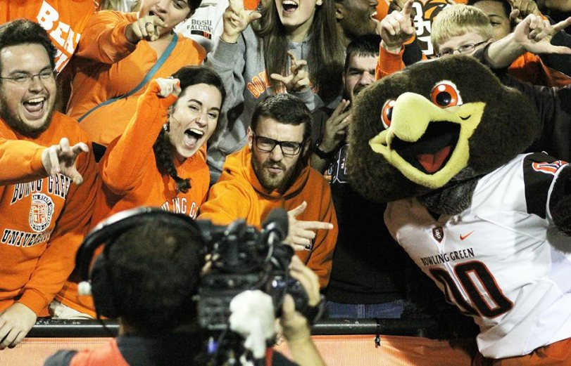 Bowling Green's fans and its mascot cheer for ESPN's cameras during a timeout against Ohio on Nov. 4, 2015. (RoadTripSports photo by Matthew Postins)